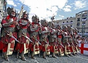 Las fiestas de Moros y Cristianos salpican todo el Levante espa�ol durante octubre.   Foto: Ernesto Caparr�s