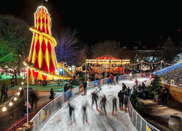 La ciudad de Bath, al sudoeste de Inglaterra, se engalana por todo lo alto al llegar la Navidad.