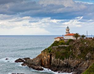 La playa de Andr�n en Llanes forma parte del Paisaje Protegido de la Costa Oriental Asturiana. Foto: Camilo Alonso.