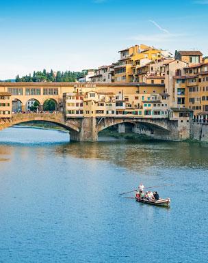 El ic�nico Ponte Vecchio sobre el r�o Arno. Foto: Shutterstock.
