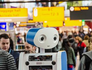 El robot Spencer, que guiar� a los pasajeros por el aeropuerto de �msterdam.
