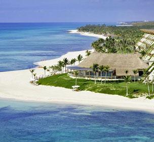 El resort Grand Velas de la Riviera Maya se divide en tres ambientes inmersos en una situación privilegiada a cinco minutos de Playa del Carmen.